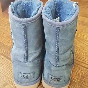 Girls Size 4 Blue Ugg Boots